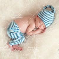 عکس استوک نوزاد خوابیده