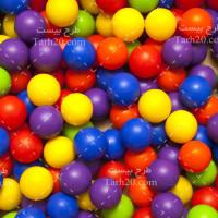 تصویر با کیفیت توپ های رنگی اسباب بازی