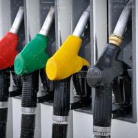 عکس پمپ بنزین با کیفیت