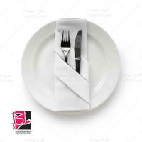 تصویر با کیفیت و استوک بشقاب رستوران