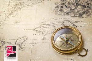 عکس با کیفیت نقشه و قطب نما
